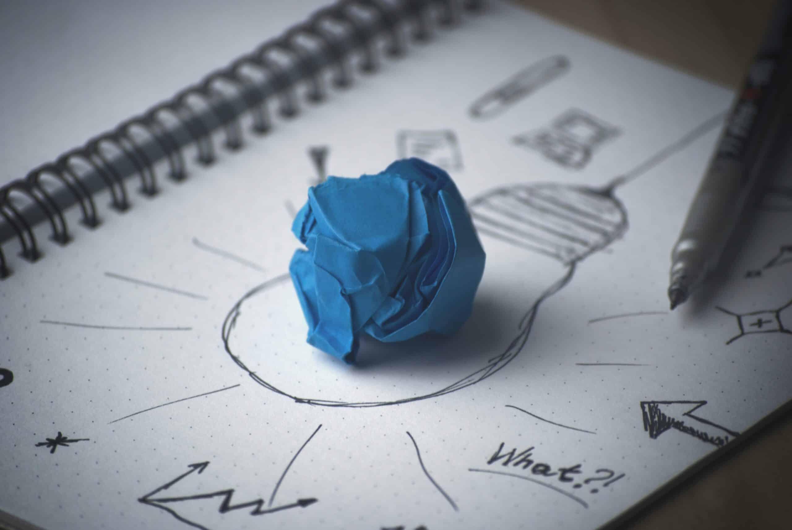 StellaPop-pen-idea-bulb-paper.jpg